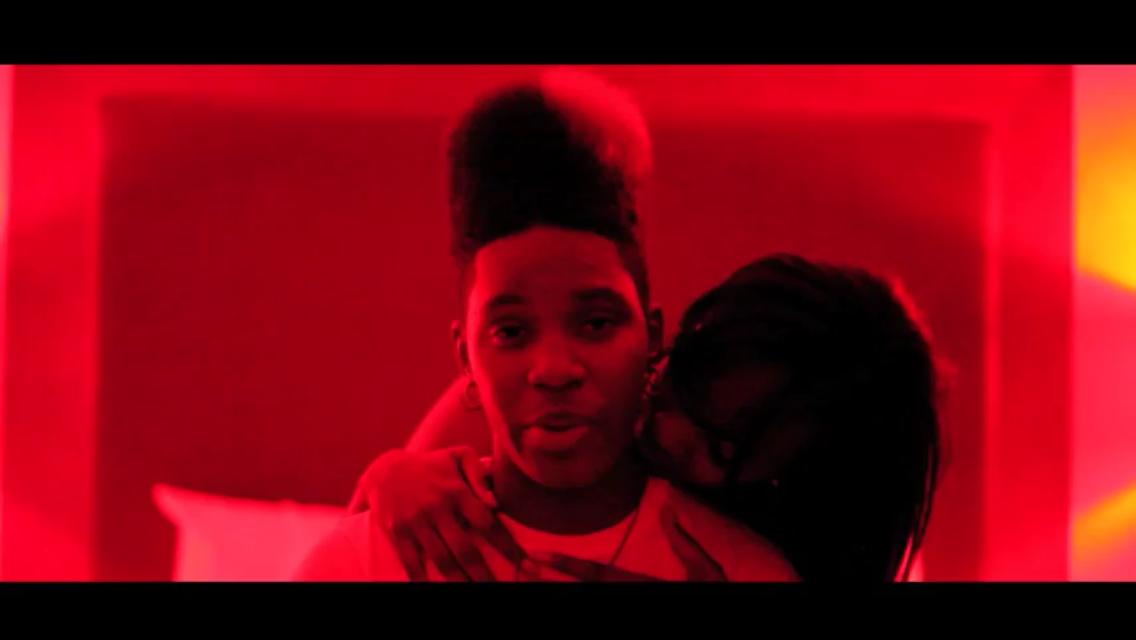 "#Musicvideo: Rainbow Noise – ""Showcase"""